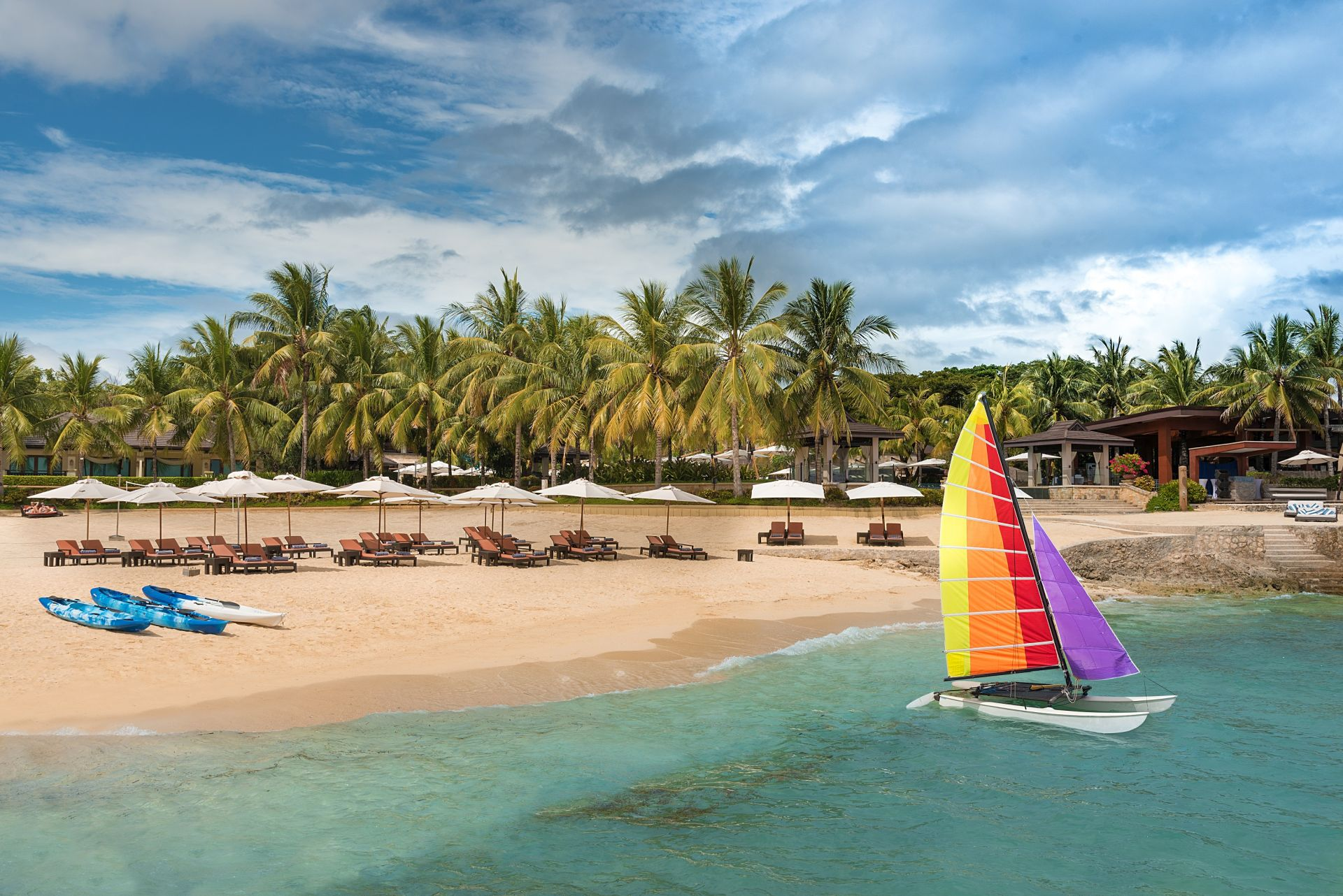 Crimson Resort Spa Mactan 2020 World Luxury Hotel Awards Nominee